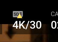 Mavic 2 Proと接続したアプリ「DJI GO 4」にてmicroSDカードのところに黄色いビックリマークの三角アイコンが表示されているスクリーンショットの拡大画像