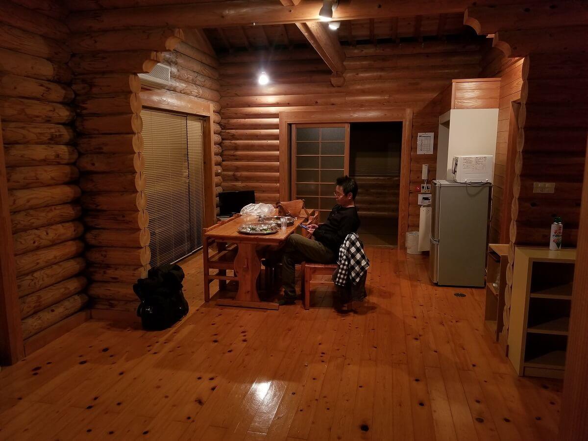 瀬戸アグリトピアのログハウス内の写真画像