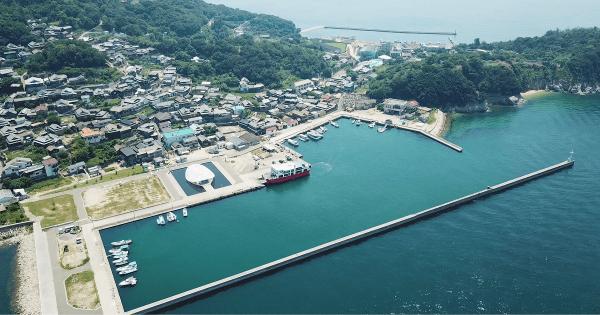 WordCamp男木島で撮影した男木港の空撮写真