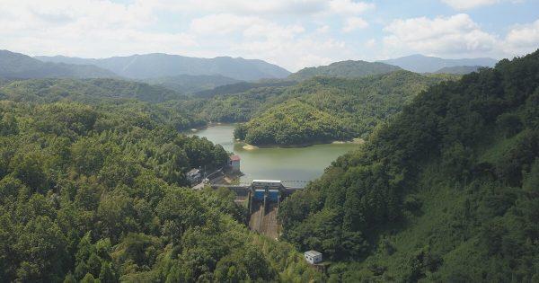 ダム建築現場の3DCG合成フォトモンタージュ用の空撮写真