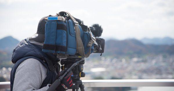 テレビ大阪「二代目 和風総本家」のカメラマンの写真